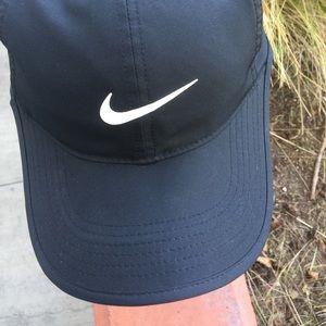 Black Nike FeatherLight Dri-Fit Adjustable Hat
